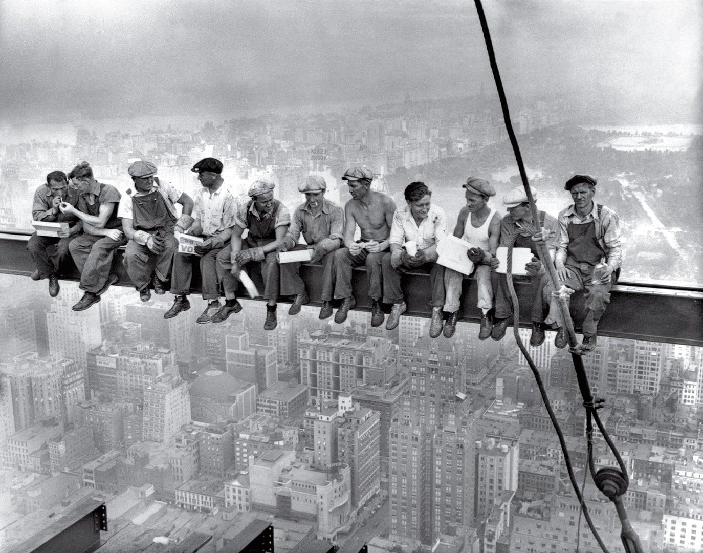 Anonimo, Lunch atop a skyscraper, 1932